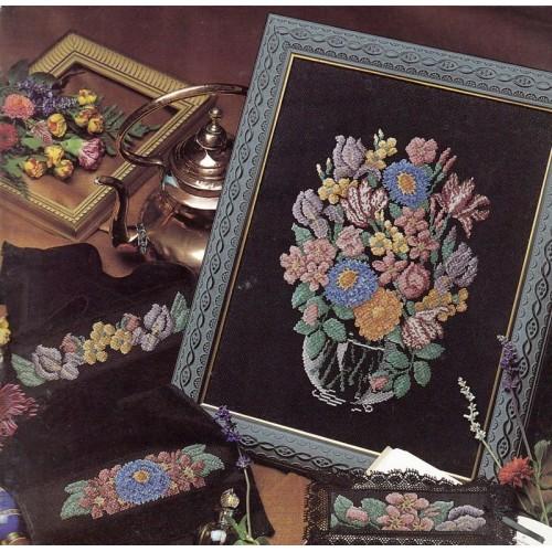 Jarrón y cenefas Florales