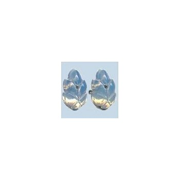 Mill Hill 12304 Flower Petal WHITE Opal