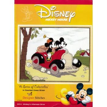 Mickey Mouse: Un Paseo por la Tarde