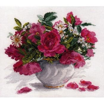 Jarrón de rosas y margaritas Alisa 2-25 Blooming Garden roses and daisies