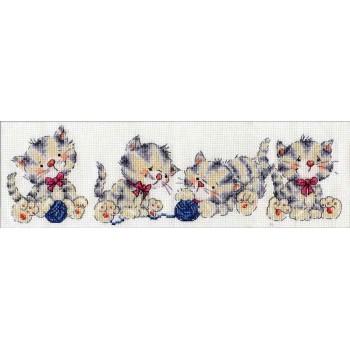 Fila de Gatitos Design Works 3255 Kitty Row