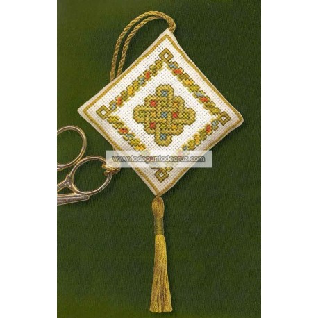Nudo Celta: Buscatijeras Textile Heritage Celtc Knot Scissorkeep SKNCK