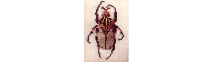 Gráficos de insectos para bordar en punto de cruz.